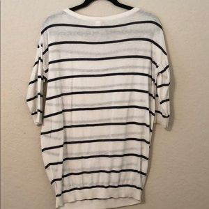 H&M Tops - Stripe tee